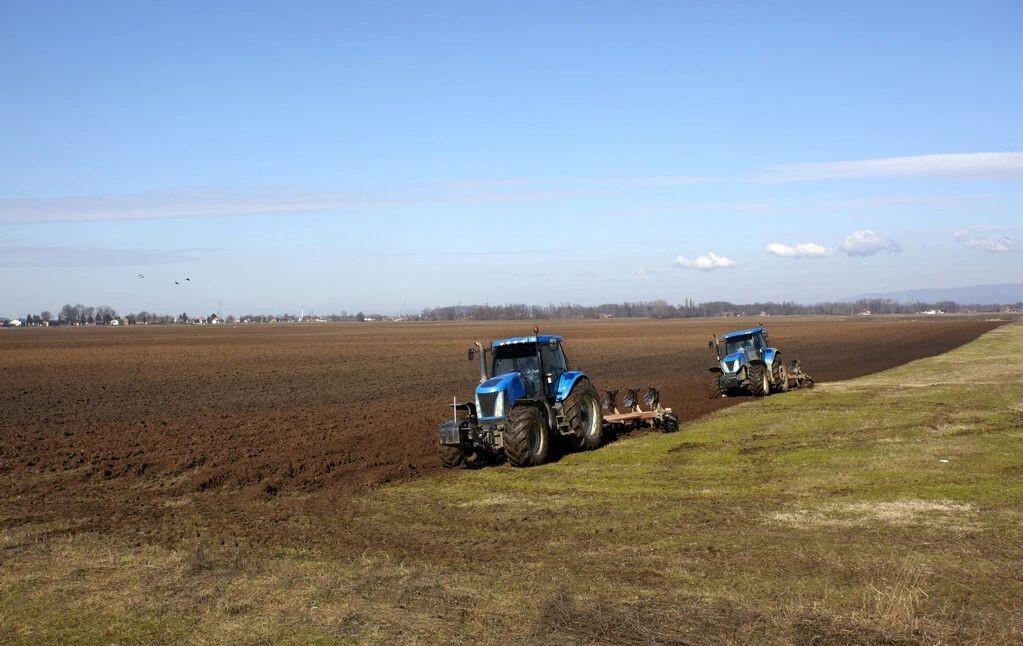 """国务院出台耕地保护""""硬规定"""",严格禁止6种占用耕地的行为"""