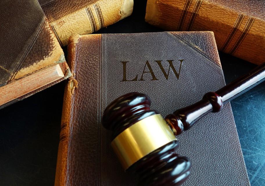"""最高法判例:在城镇享受过福利分房的""""原籍村民""""能否享有补偿安置权利?"""