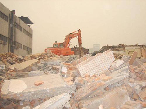 【京鹏胜诉·西安】征收方强行拆除被征收人的房屋,造成财产损失,律师介入确认违法